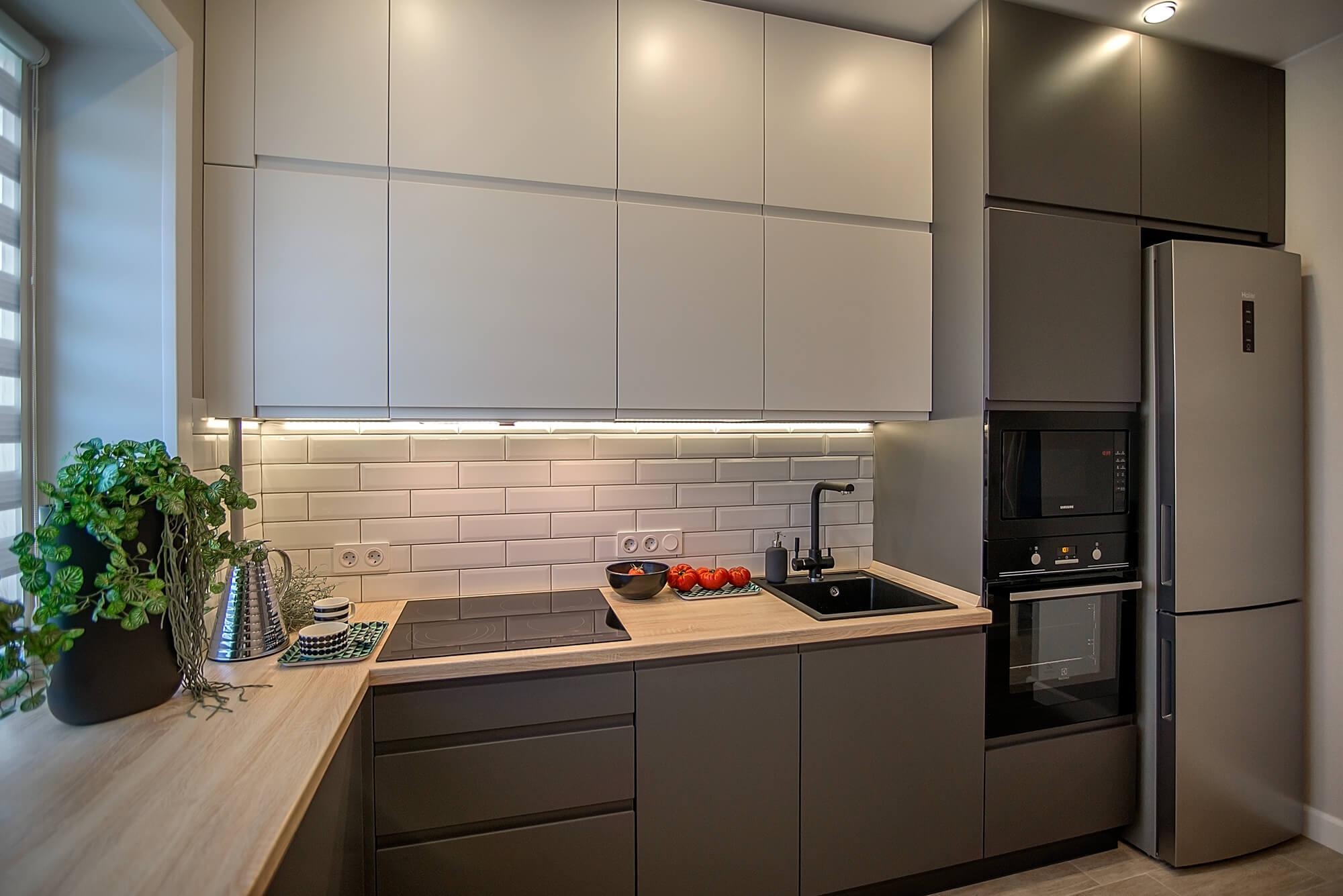 Кухня в коттедже с дизайн проектом в Архангельске